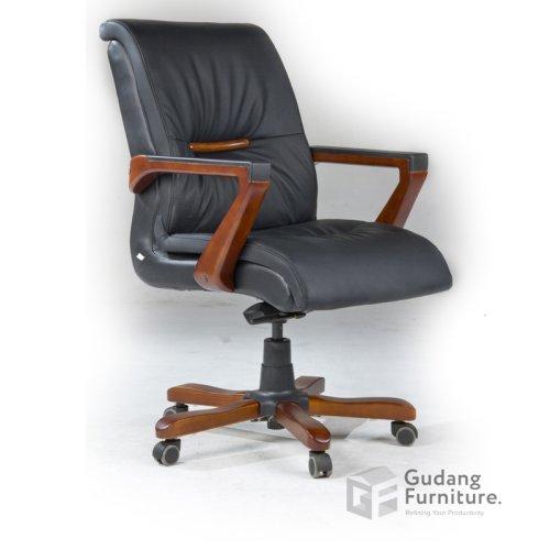 kursi-kantor-direktur-fantoni-alfeolm-tengah.jpg